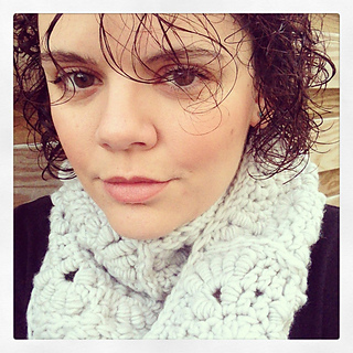 Scarf_selfie_small2