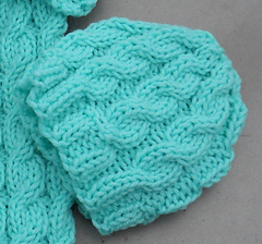 Cozy_in_cables_cap_small