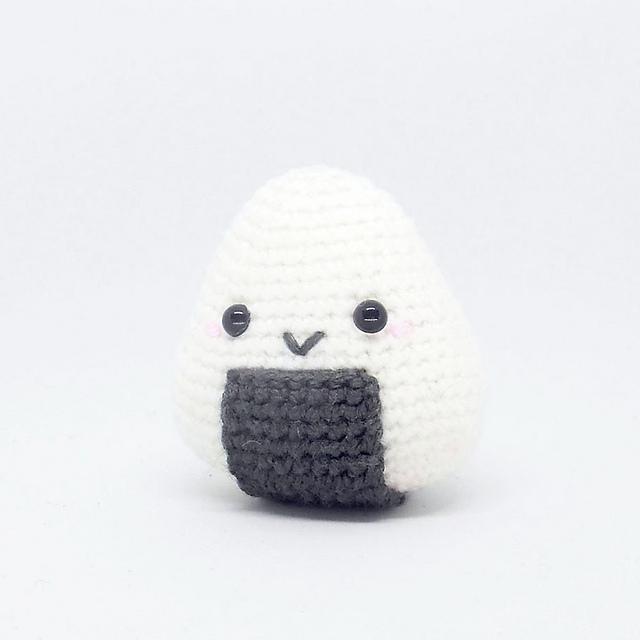 Ravelry: Onigiri Amigurumi pattern by i crochet things