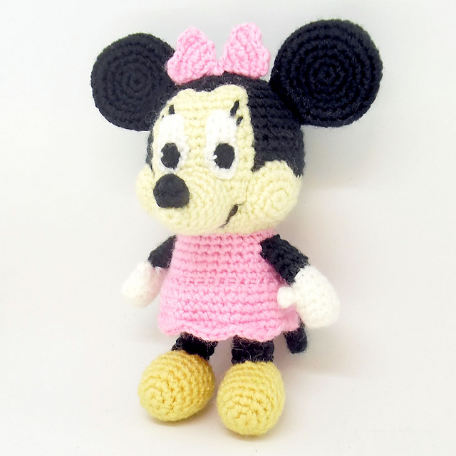 Ravelry Minnie Mouse Amigurumi Pattern By I Crochet Things