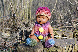 Easy-doll-outfit-crochet-pattern-1_small_best_fit
