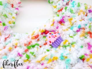 Fluffy_cupcake_purse_2_small2