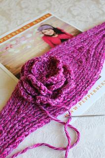 Knitting_4695_small2