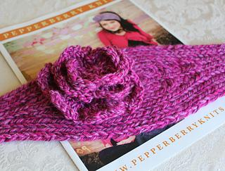 Knitting_4701_small2