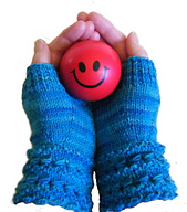 Gloves_with_happy_face_ball1_6-300c_small_best_fit