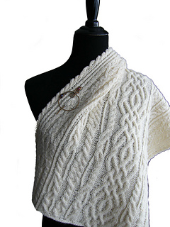 Cls_shawl_on_manequin_bkgr_removed_20140202_21_5-300c_small2