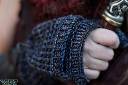 Mitts_detail_small_best_fit