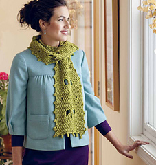 Lucky_clover_reversible_scarf_with_four-petal_cutouts_small