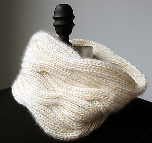 Ravelry Puffy Cable Cowl Pattern By Iris Schreier