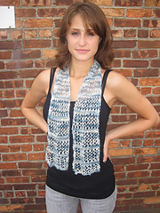 F129_openwork_scarf_small