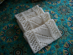 Lace_infinity_scarf_small