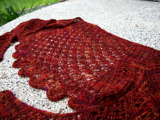 Scalloped_shawl__2__small2