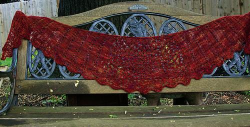 Scalloped_shawl__10__medium