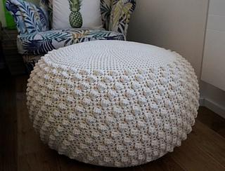 Ravelry bobble pouf ottoman pattern by tatiana zuccal - Crochet pouf ottoman pattern free ...
