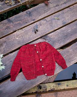 015_pleated-yoke-baby-sweater03_small2
