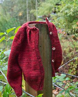 015_pleated-yoke-baby-sweater07_small2