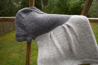 Baby-sweater-dress-knitting_small2