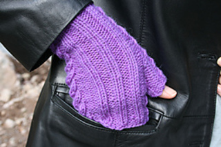 Lilac_mitts1_small2