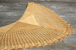 Something_beautifu_shawl_small2