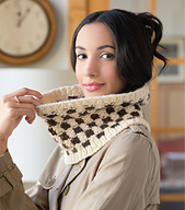 Checkerboard_cowl_page_100_small_best_fit