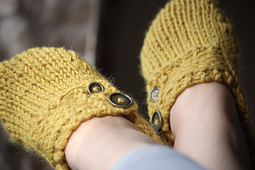 Slippers_033_small_best_fit