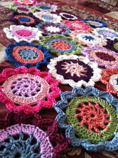 Japanese_flower_shawl_small2