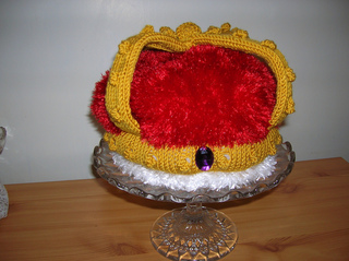 Crown_tea_cosy1_small2