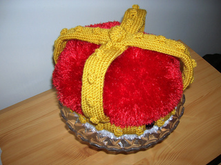 Crown_tea_cosy2_small2