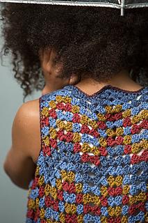 Crochet-scene-2014-grannies-0079_small2