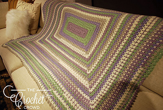 Modern-rectangle-granny-afghan-by-jeanne-steinhilber_small2