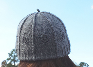 Pinegardenhat_cropped_small2
