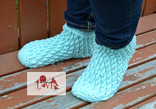 Wavyrippleslippersocks2wm_small2