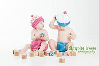 Cupcakebabycakesapril_small2