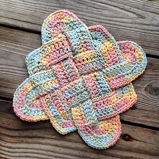 Sailor's Knot Dishcloth pattern by Lily / Sugar'n Cream - Ravelry