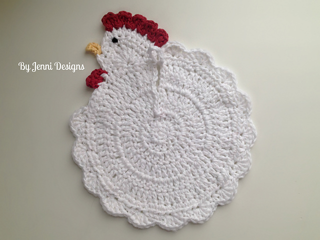 648da9fb4df Ravelry  Chicken Pot Holder pattern by Jenni Catavu