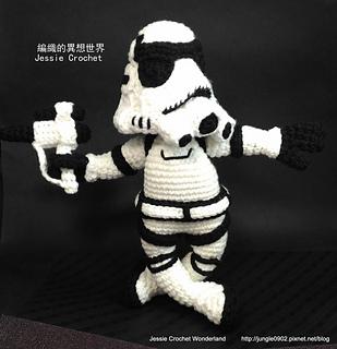 Crochet_stormtrooper_-_crochet_stormtrooper___star_wars_-crochet_free_pattern_stormtrooper_-----_-____star_wars-crochet_star_wars_stormtrooper10_small2
