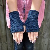 Petrol_blue_chunky_fingerless_gloves_5_small_best_fit