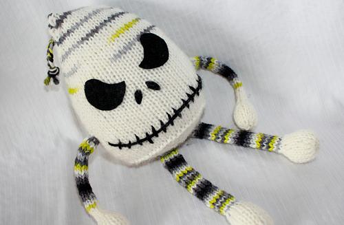 Knitting_200_medium
