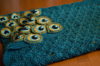 Ravelry Peacock Pretty Blanket Pattern By Kraftling