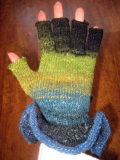 Mum_s_gloves_3_small2