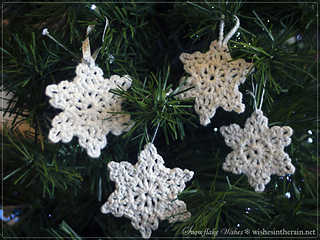 Snowflake-wishes-free-crochet-pattern-ornaments_small2