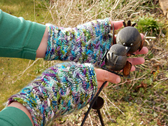 Kylebeg_mitts_and_cowl__3__small