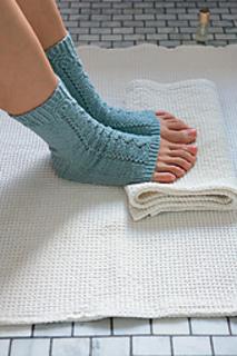 Knittedsockseastwest_p30_fuji_small2