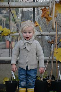 d0eff9b1ffeb2 Ravelry  cardigan in garterstitch pattern by Julie Jaeken