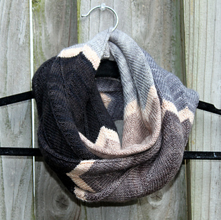 e1226b6bfaac6f Ravelry  Poly Chevron Cowl pattern by Jennifer Krause