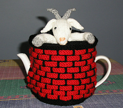 Fester_-_the_goat_in_the_well_tea_cosy_small