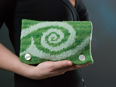 Fiddlehead_wallet_front_lg_small