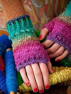 Bobbled_mitts_small2