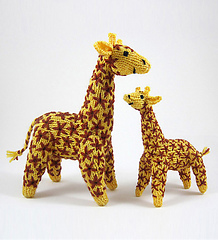 Knitted_giraffe_mother_and_baby_1_medium_small