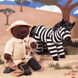 Knitted_park_ranger_and_zebra_small2